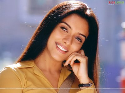 bollywood actresses wallpapers. Bollywood Actress Asin