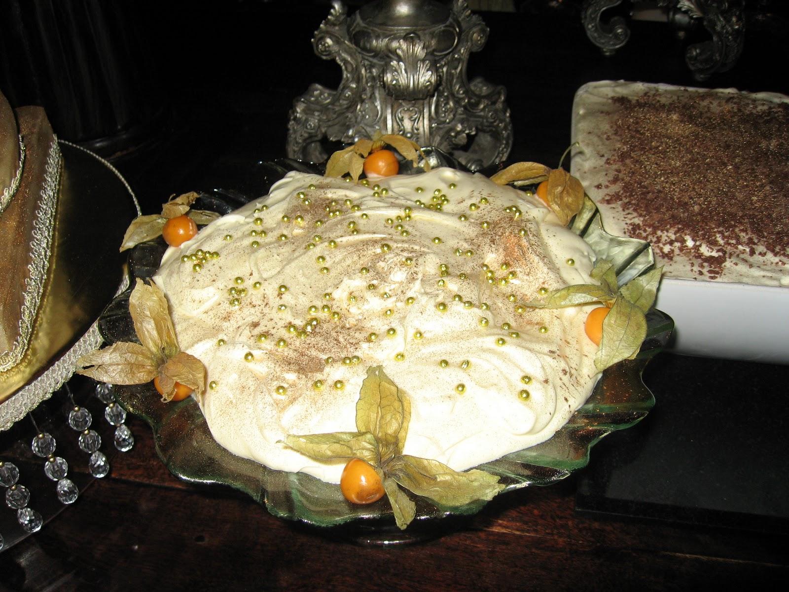 sugarbuttons: Medieval Birthday cake
