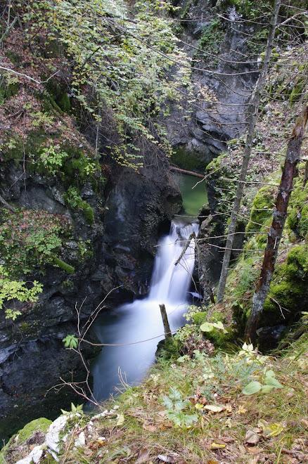 drugi del slapov