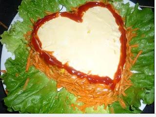 سلطة الأرز على شكل قلب 2.jpg