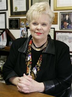 Roberta Combs