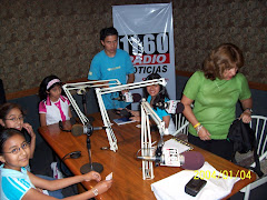 Nuestros alumnos en la radio!