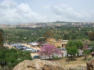 Bild 4: Blick vom Herakles-Tempel nach Norden