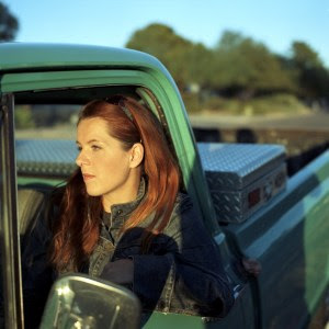 Neko Case Plays 40 Watt in Athens on May 18