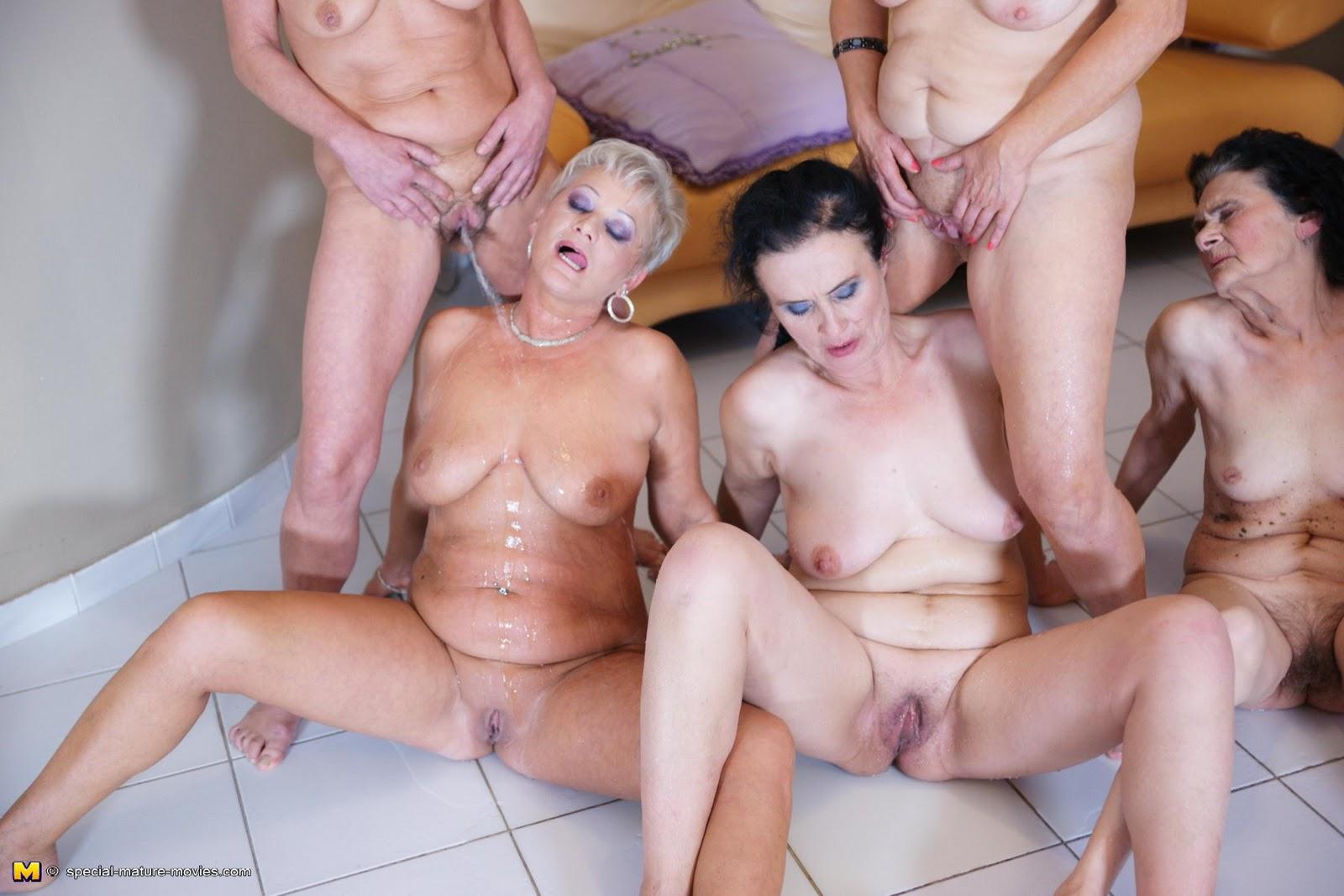 smotret-gruppovoe-porno-zolotoy-dozhd