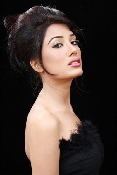 Pakistani Hot Celebrity Mehwish Hayat Sexy Photos Wallpapers Pics Pictures amp Biography hot images