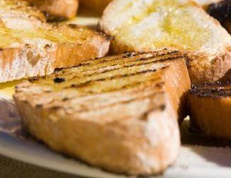 Hacer pan tostado casero