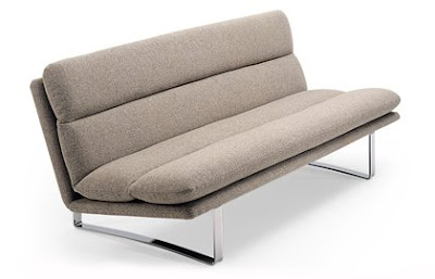 Während Die Meisten Italiener Ja Eher Sehr Große Sofas Anbieten, Hat Futura  Ein Wirklich Geniales Kompaktes Sofa Entwickelt. Le Vele Video Besteht Aus  Zwei ...