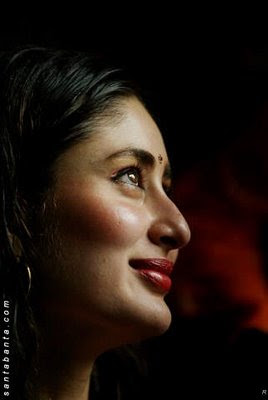 kareena amir kiss