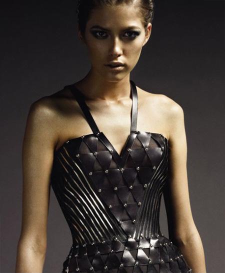 [Atelier+Versace+Fall+2009+4.jpg]