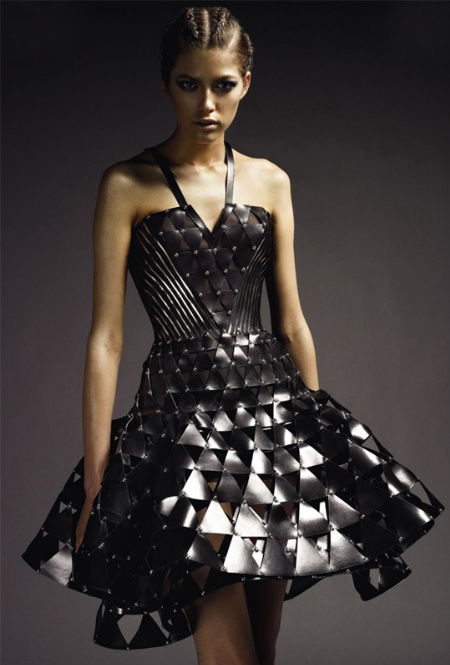 [Atelier+Versace+Fall+2009+3.jpg]
