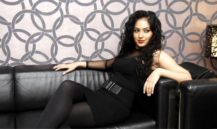 Nikesha Patel hot Photo gallery