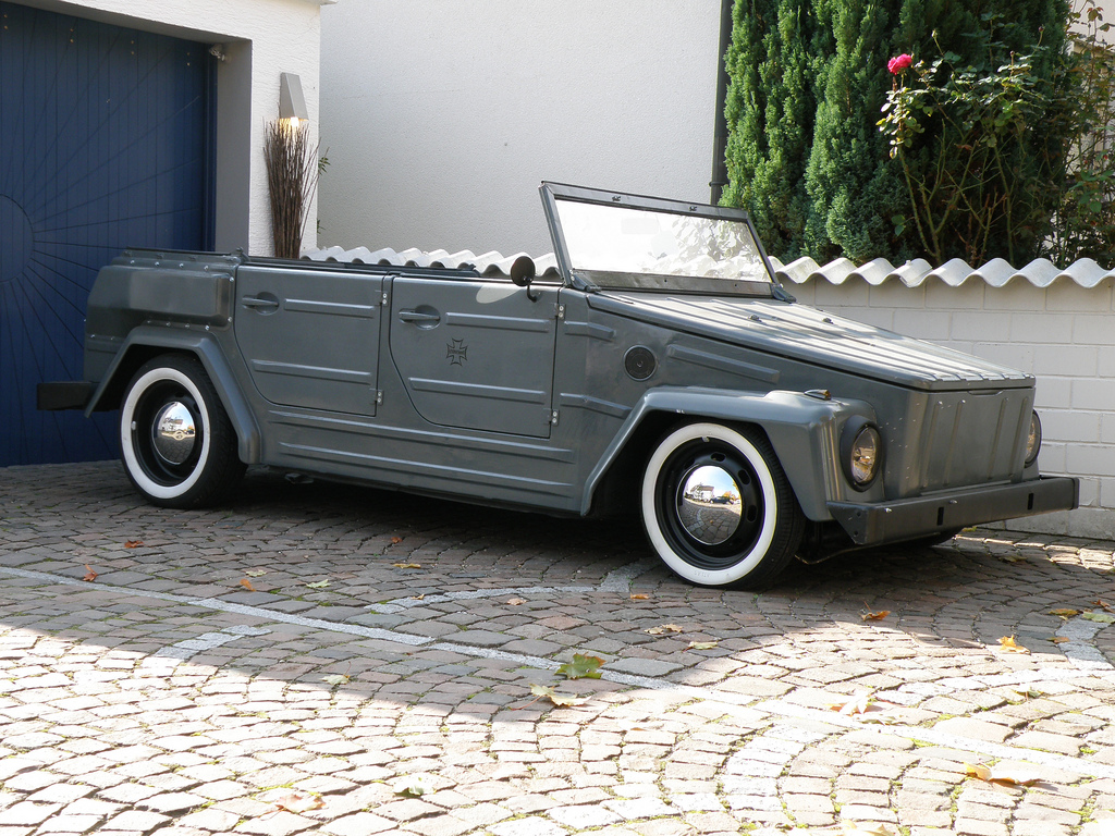 volkswagen thing lowered. this is a vw thing (t-181) i hope you like it! volkswagen lowered e