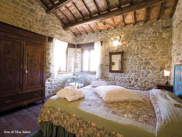 You love pink pietra che trasforma - Decorazioni in pietra per interni ...