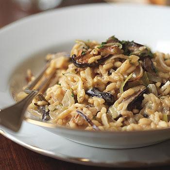 Scrumpdillyicious: Classic Italian Mushroom Risotto