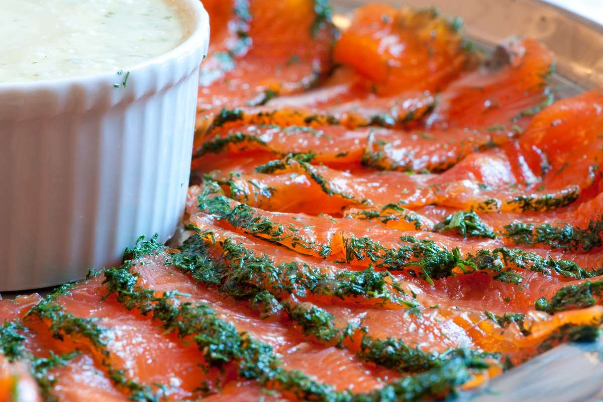 Scrumpdillyicious: Home Cured Salmon Gravlax for Christmas