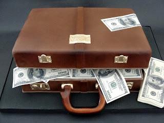 http://3.bp.blogspot.com/_F_jzj09OlRA/S23Fsc4GKfI/AAAAAAAAAH8/zaz5Bg5agp4/s320/Money+Briefcase.jpg