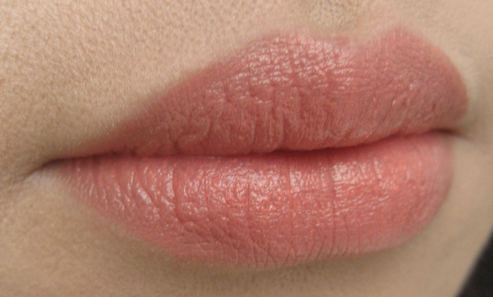 delicate hummingbird.: MAC swatches galore! - Lipsticks