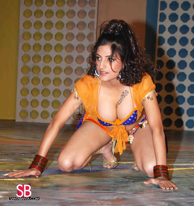 sexy latin girls videos