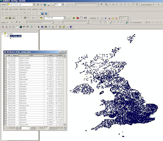 UK towns in Geographic projection arcmap