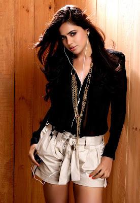 sameera reddy spicy shoot actress pics