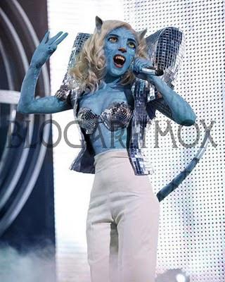 http://3.bp.blogspot.com/_FcfN41JaXwY/S2ITfqcQDxI/AAAAAAAAEks/TlflVW8_hwA/s400/Lady+Gaga.jpg
