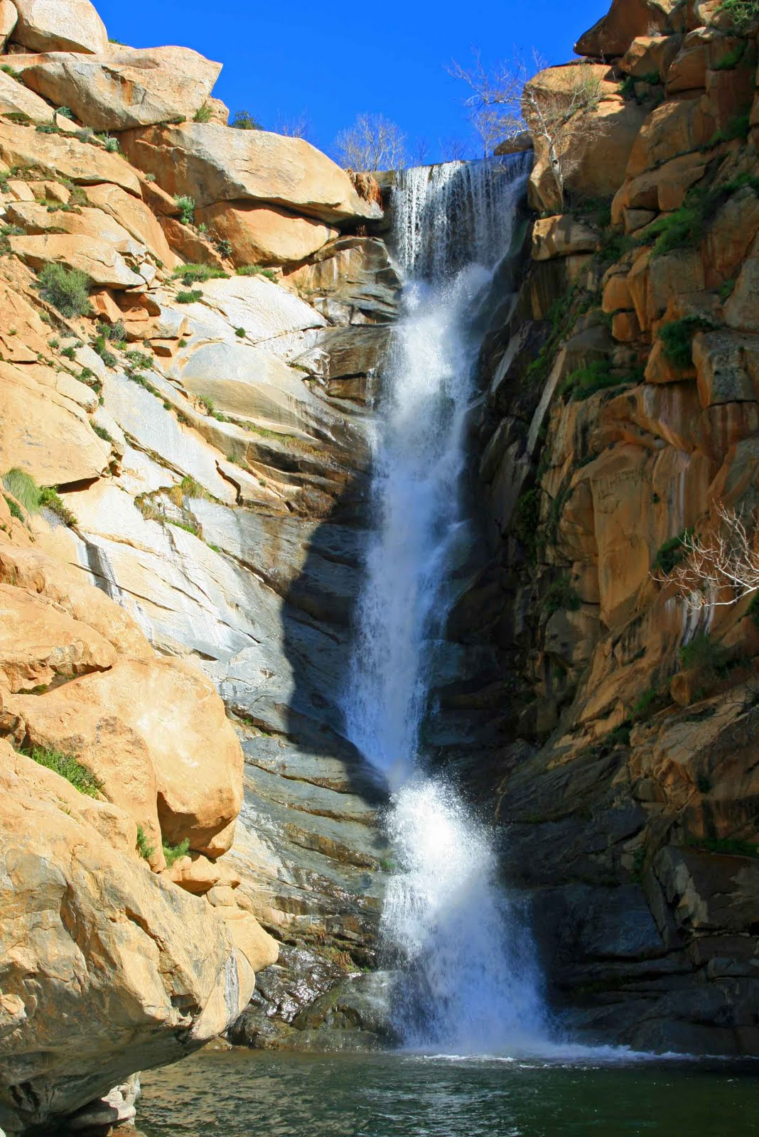 Goan 39 s on cedar creek falls hike for Cedar creek