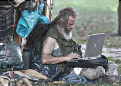 Funniest Laptop Photo Seen On www.coolpicturegallery.us