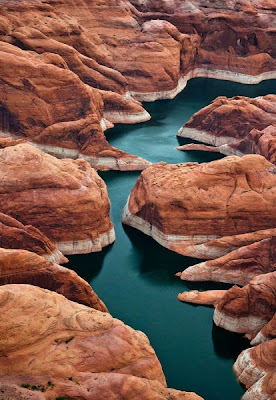 Amazing View over Lake Powell Seen On www.coolpicturegallery.us