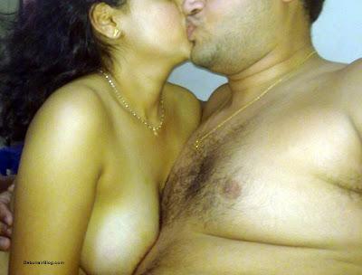 mallu aunty kiss