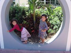 Hermosas Bárbara Camila y Avril Amanda