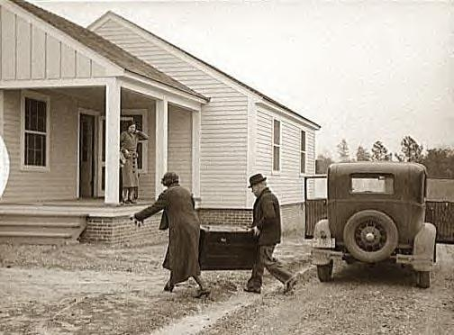 Howard family moving into new home, Gardendale, Ala., 1937