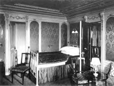 Gregorian Style 1st Class Bedroom Suite