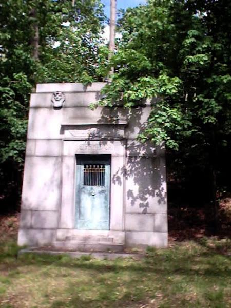 Reifsnider Mausoleum