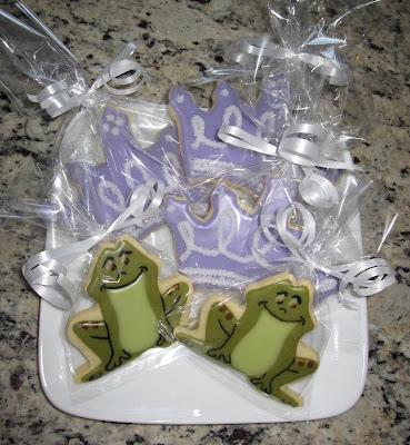 Princess-Frog-Prince-Naveen-Cookies-Tiaras-Crowns