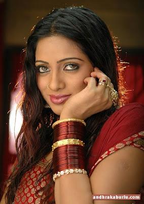 Telegu actress-UDAYA BHANU very hot image