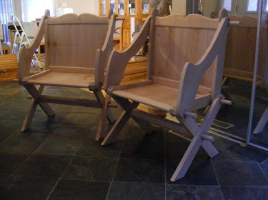 2 maple Glastonbury Chairs