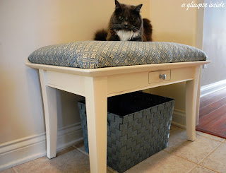 http://www.aglimpseinsideblog.com/2010/09/coffee-table-upcycle.html
