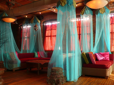 Vintage Room Decor on Blues  Reds And Soft Materials Are All Elements Of A Boho Decor