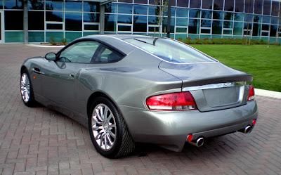 Aston 13 James Bond Aston Martin Vanquish V12 Replica   Based On Ford Mustang Photos