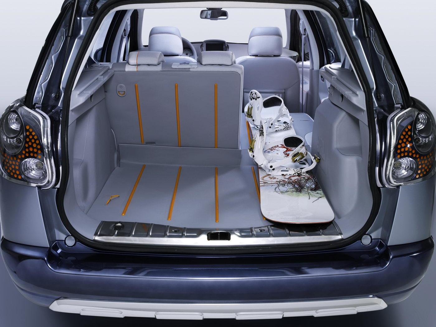 Carscoop peugeot 207swoutdoor 3 Geneva Preview: Peugeot 207 SW Outdoor Concept