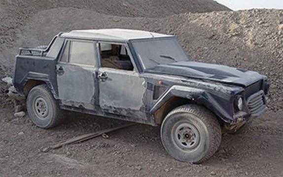 War Crimes Soldiers Destroy Rare Lamborghini Lm002 Suv In