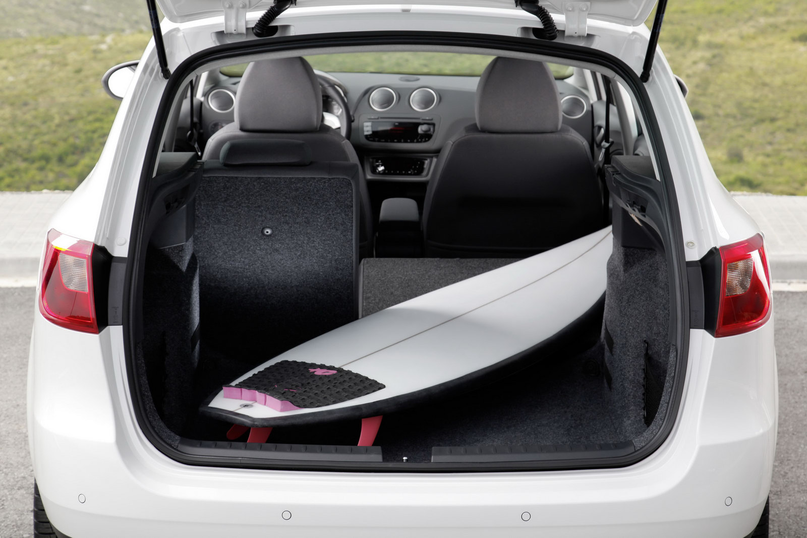 auto cars 2011 2012 modded seat ibiza sts coming to. Black Bedroom Furniture Sets. Home Design Ideas
