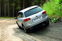 2011 Volkswahen Touareg 249 2011 Volkswagen Touareg Photos, pictures, review