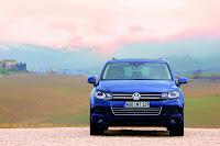2011 Volkswahen Touareg 273 2011 Volkswagen Touareg Photos, pictures, review