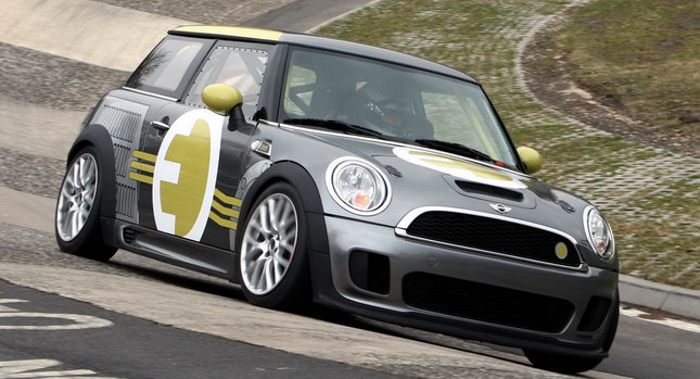 MINI E RACE Ring 001 VIDEO: All Electric MINI E Laps the Nurburgring Circuit in Under 10 Minutes