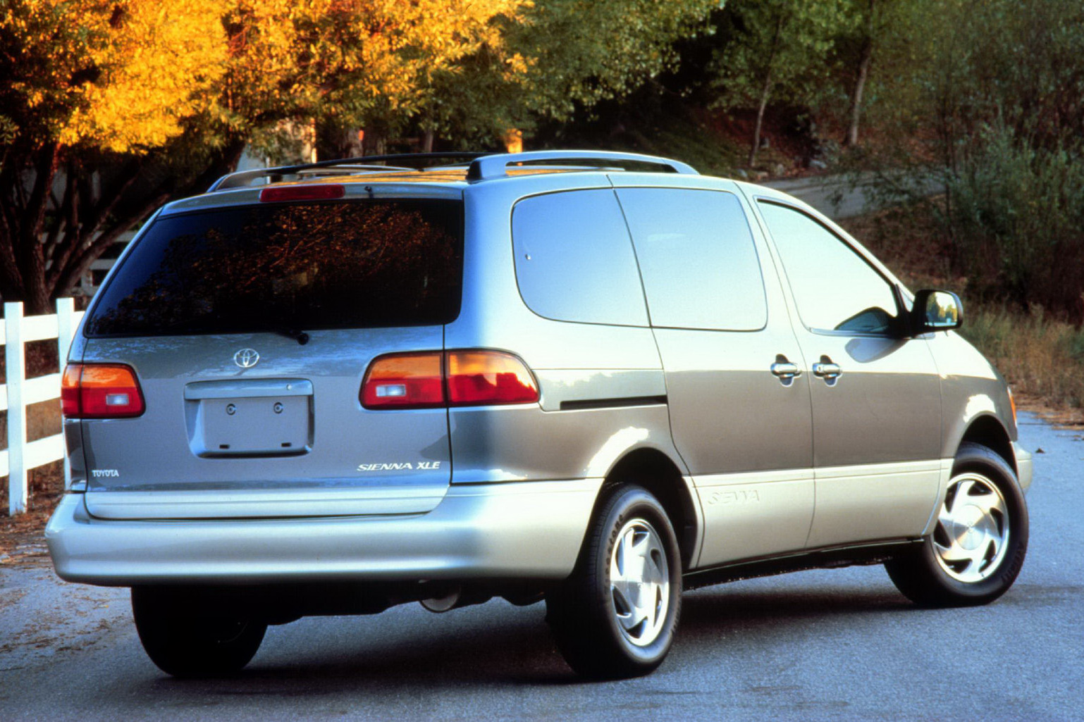 Toyota Announces Voluntary Safety Recall on 1998-2010 Sienna Minivans