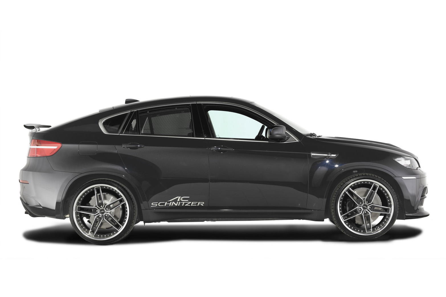 the car bmw x6m receives the ac schnitzer treatment. Black Bedroom Furniture Sets. Home Design Ideas