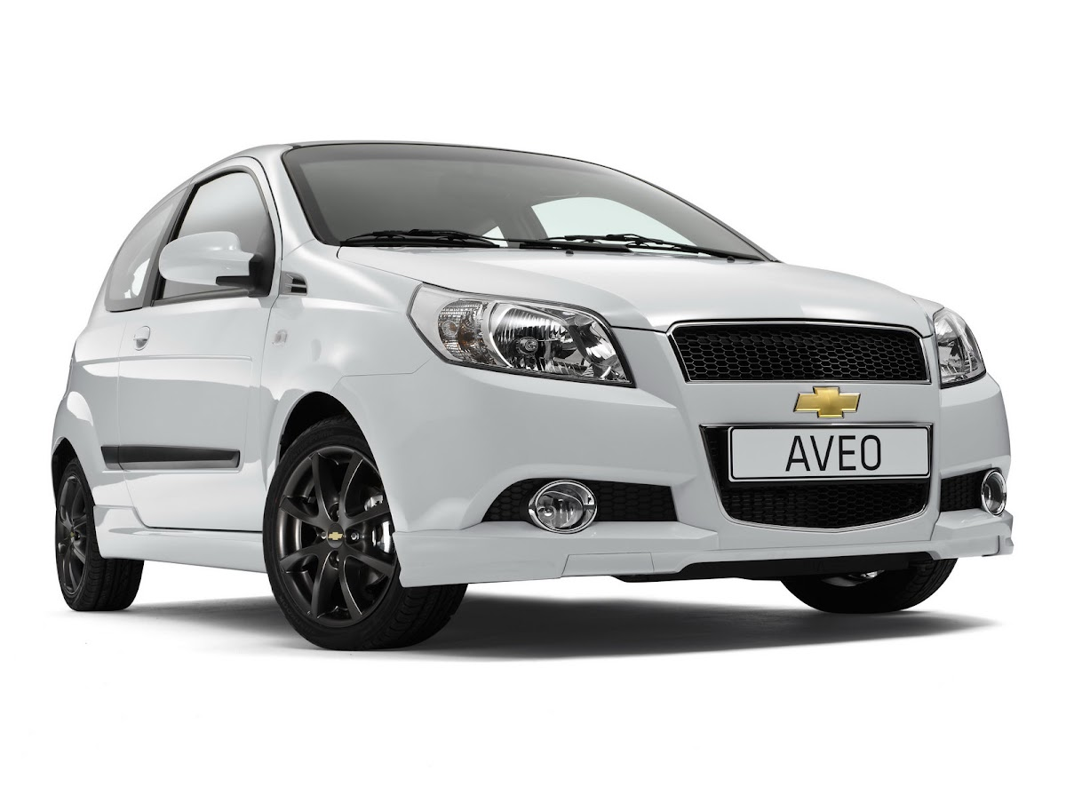 Chevrolet s european arm is expanding its german lineup with the introduction of three special edition packages for the aveo supermini cruze sedan and