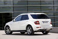 2011 Mercedes ML63 AMG 7 2011 Mercedes Benz ML63 AMG Receives Minor Cosmetic Updates   Photos